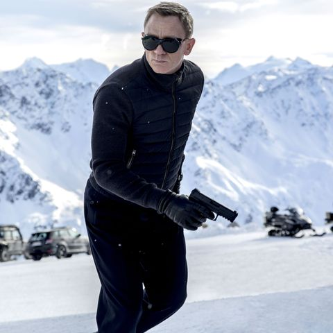 Bond 25 reveals when Daniel Craig will return to filming after injury in new behind-the-scenes photo