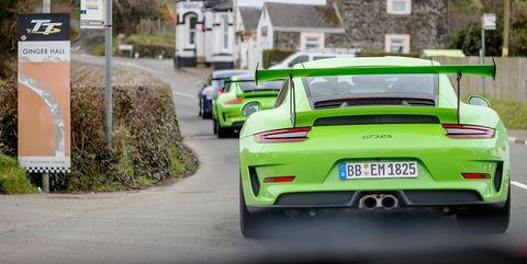 Land vehicle, Vehicle, Car, Automotive design, Supercar, Sports car, Performance car, Yellow, Automotive exterior, Porsche 911 gt3,