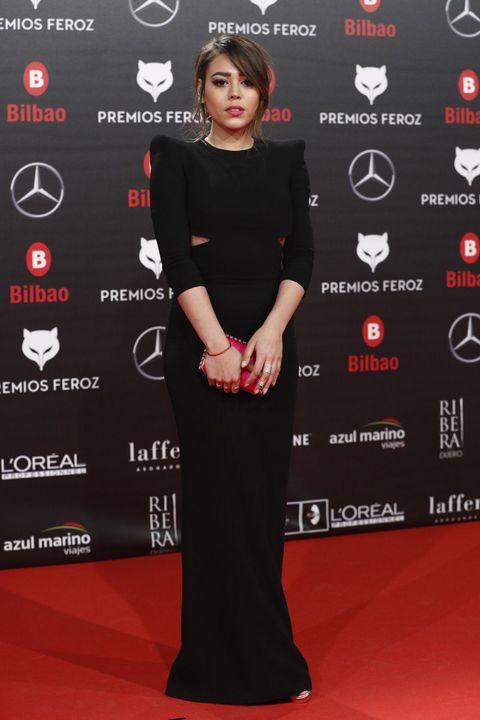 Red carpet, Clothing, Carpet, Dress, Premiere, Flooring, Little black dress, Event, Style,