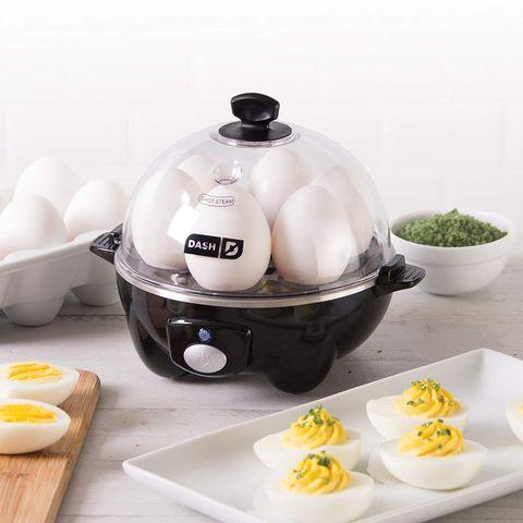Ingredient, Serveware, Dishware, Egg, Recipe, Cuisine, Egg, Egg yolk, Breakfast, Cookware and bakeware,