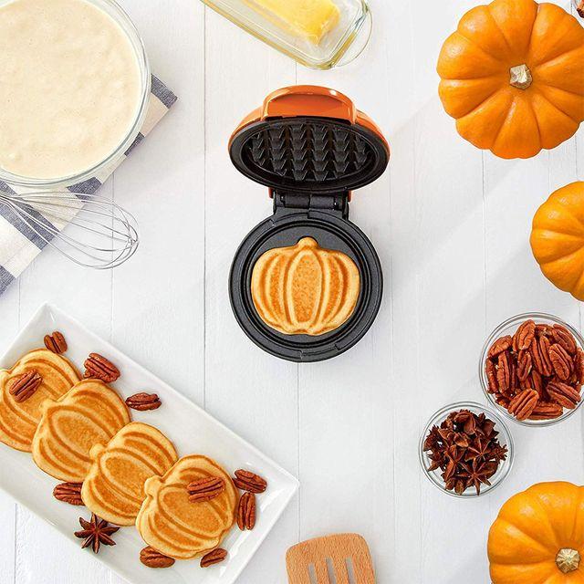 dash mini pumpkin waffle maker