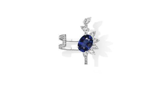 Jewellery, Fashion accessory, Sapphire, Gemstone, Cobalt blue, Body jewelry, Diamond, Platinum, Silver, Silver,