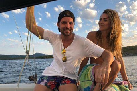 David Bisbal y Rosanna Zanettipractican buceo durante sus vacaciones en Menorca.