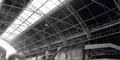 David Bowie victoria station nazi