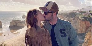 David Bustamante y Yana Olina confirman su romance con un apasionado beso