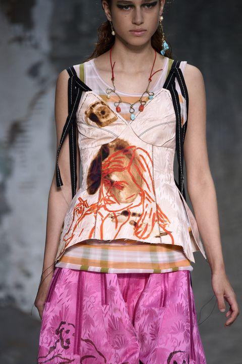 Fashion model, Fashion, Clothing, Fashion show, Fashion design, Beauty, Runway, Pink, Model, Child model,