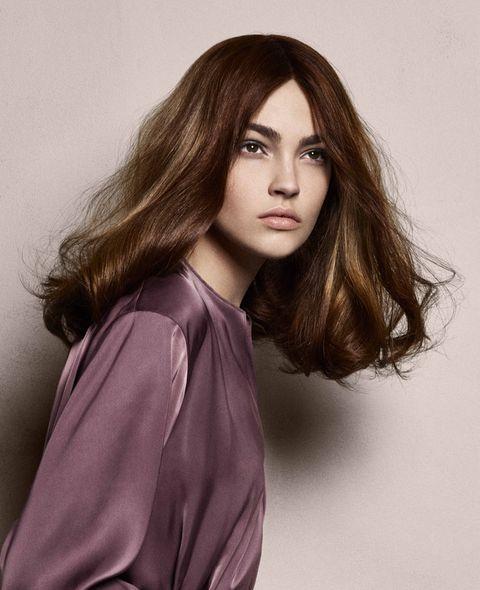 Hair, Face, Hairstyle, Long hair, Beauty, Lip, Brown hair, Purple, Fashion model, Chin,