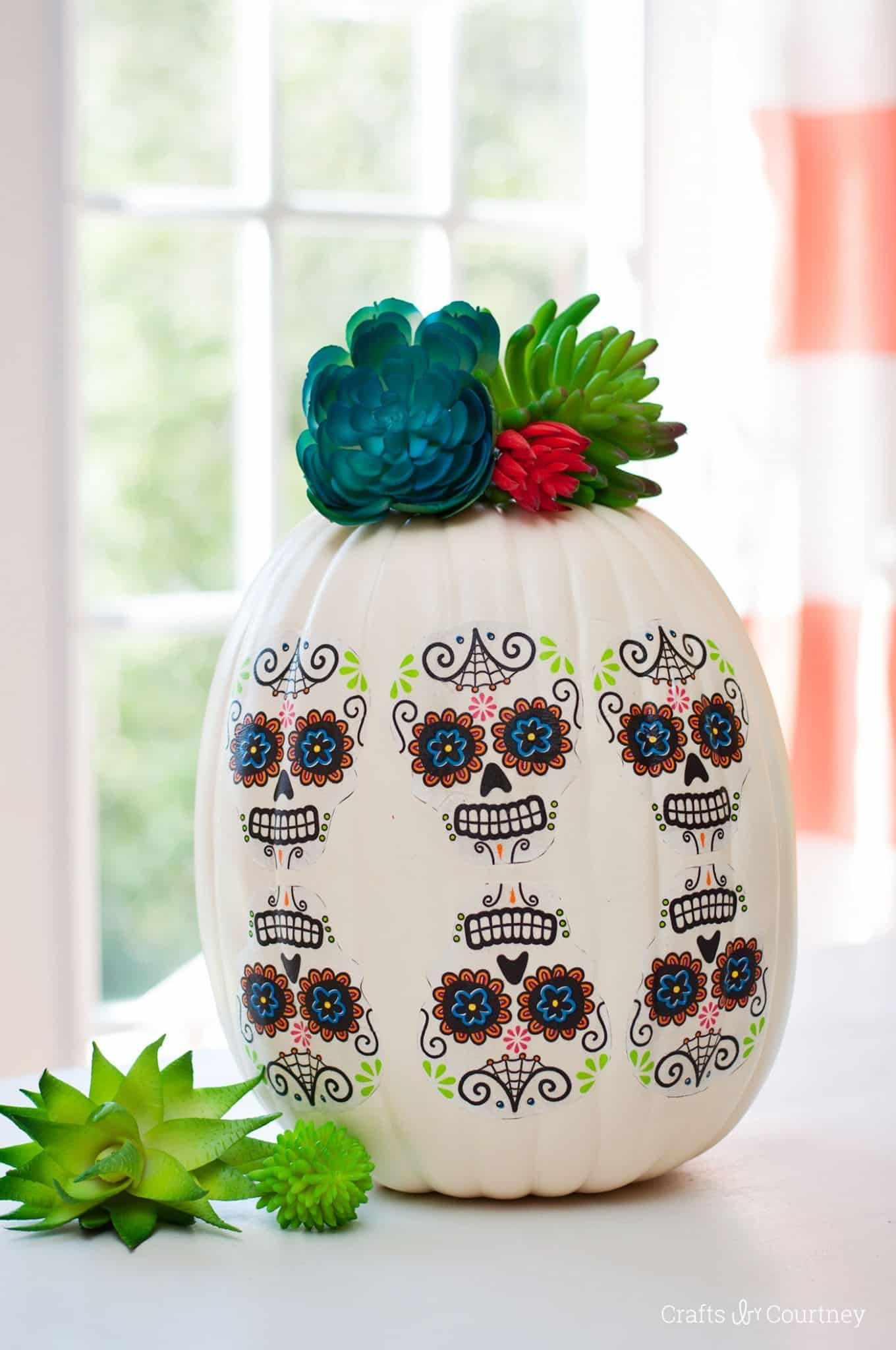 30+ Painted Pumpkin Decorating Ideas For Halloween 2017  Designs