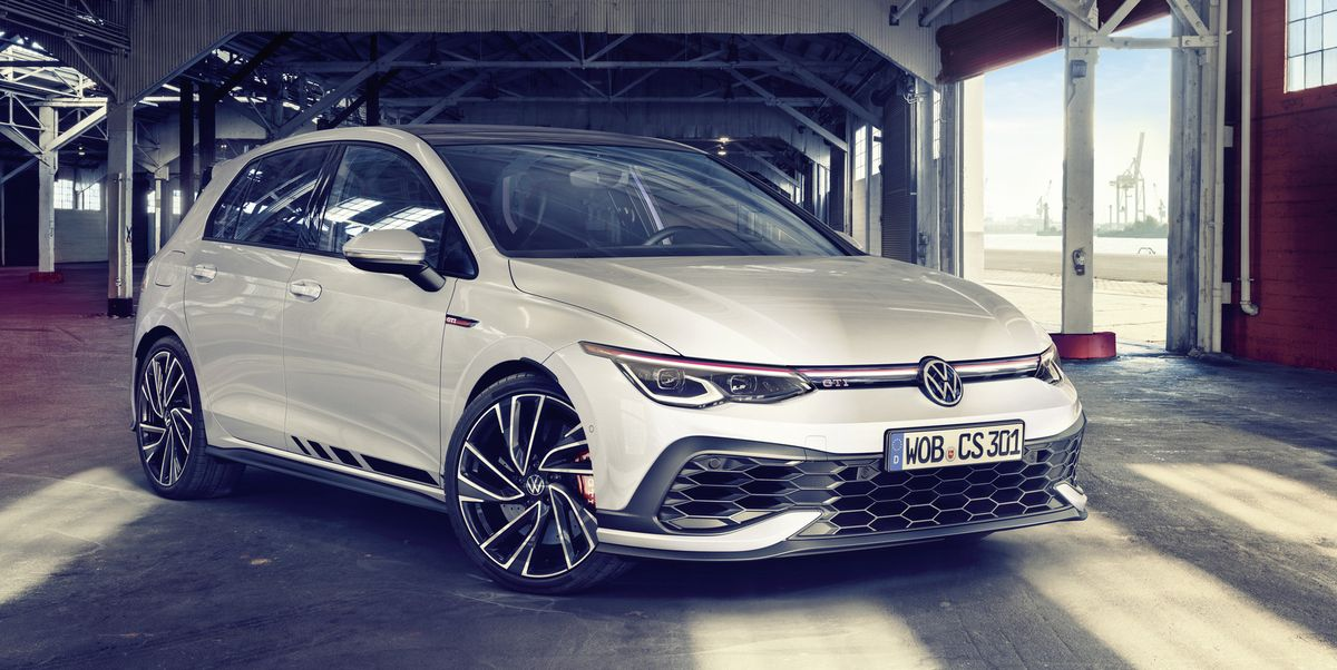 VW Reveals 296-HP GTI Clubsport, Tuned on the Nurburgring