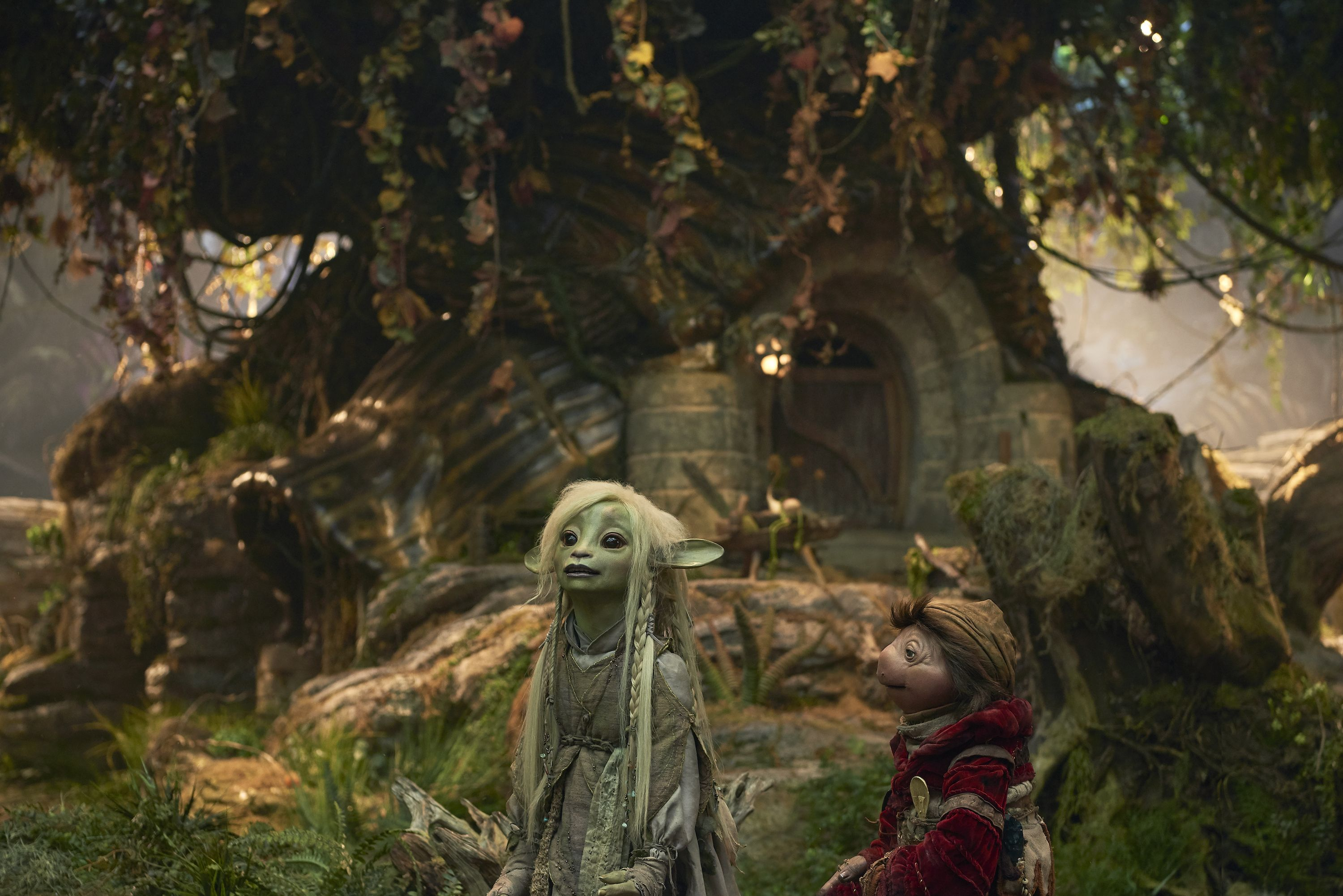 Netflix's New 'Dark Crystal' Trailer Looks Weird and Incredible