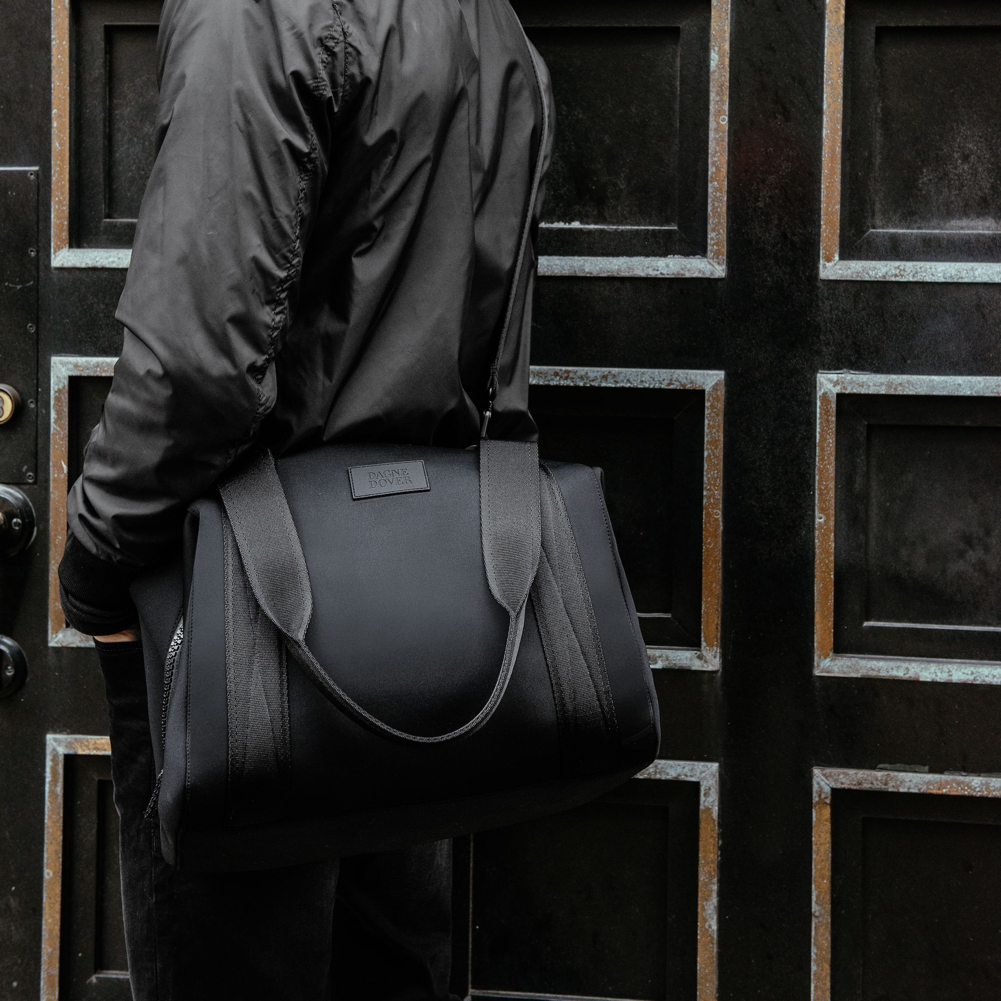 Why the Dagne Dover Carryall Is the Best Bag for Traveling