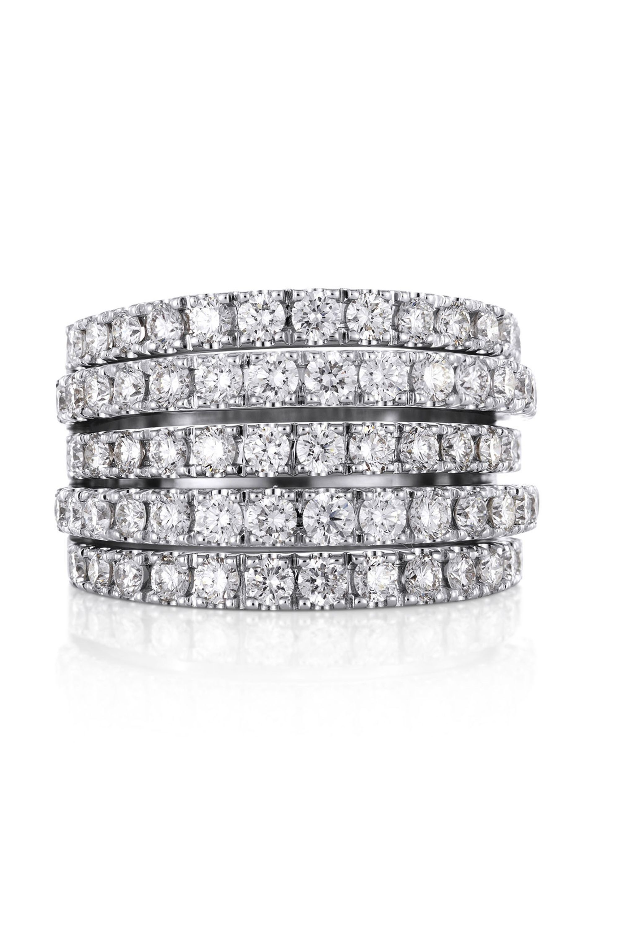 22fe06f8d6312 10 classic pieces of jewellery every woman should own - Cartier love  bracelet