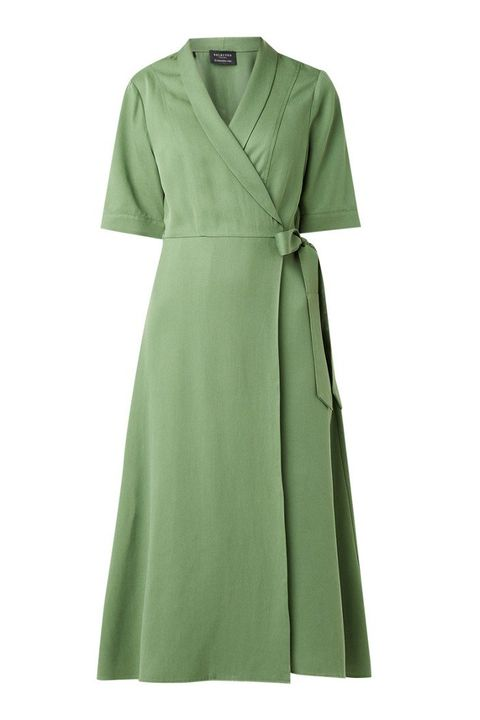 Clothing, Green, Dress, Sleeve, Day dress, Robe, Outerwear, Wrap, Gown, Collar,