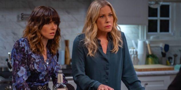 Dead To Me Season 3 On Netflix Release Date Cast Plot