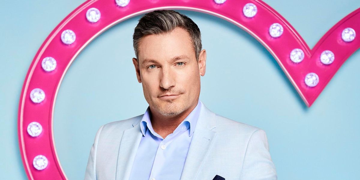 """Celebs Go Dating: Dean Gaffney wants fans to see him """"not Robbie"""""""