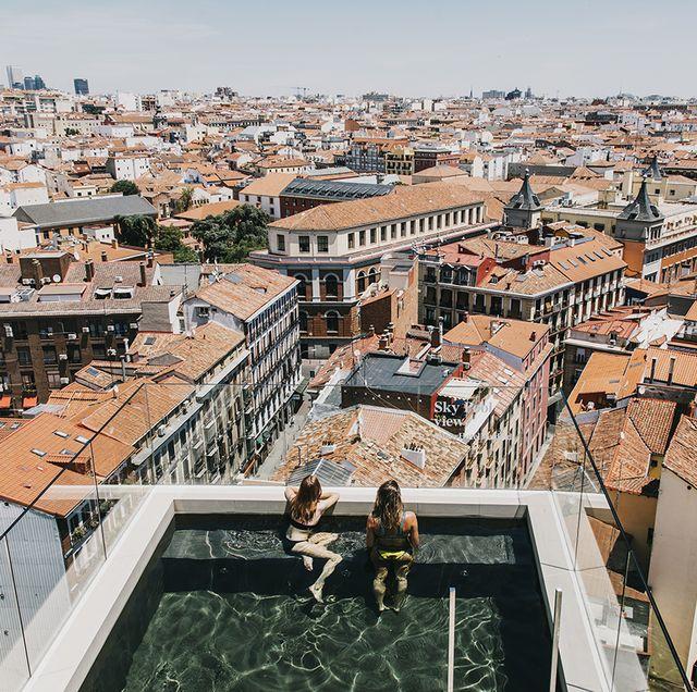 10 Piscinas A Ras Del Cielo De Madrid Que No Puedes Perderte