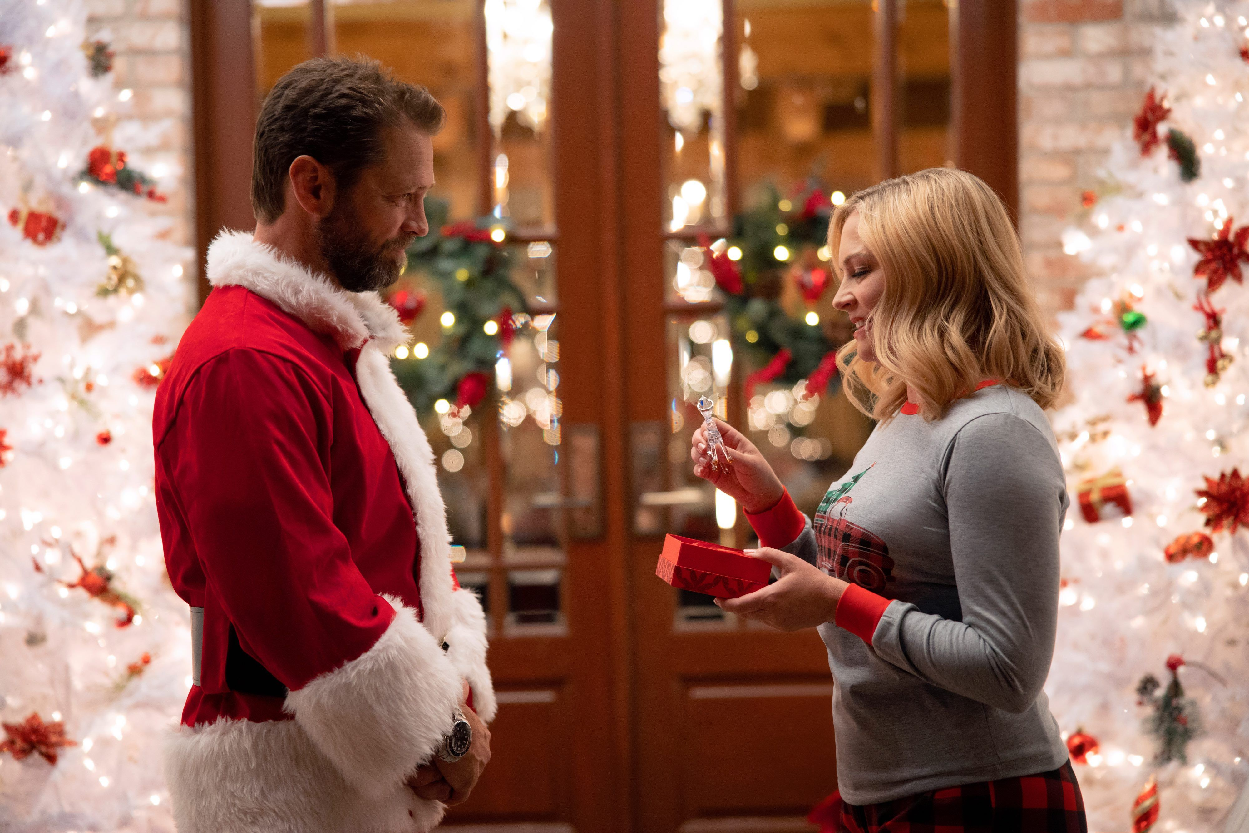 New Christmas Music Releases 2020 Lifetime's Christmas and Holiday Movie Schedule 2020