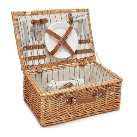 Hamper for two set Debenhams