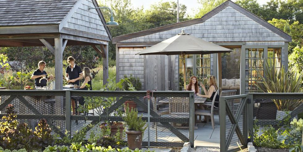 These Deck Railing Ideas Prove That Safety Can Be Stylish