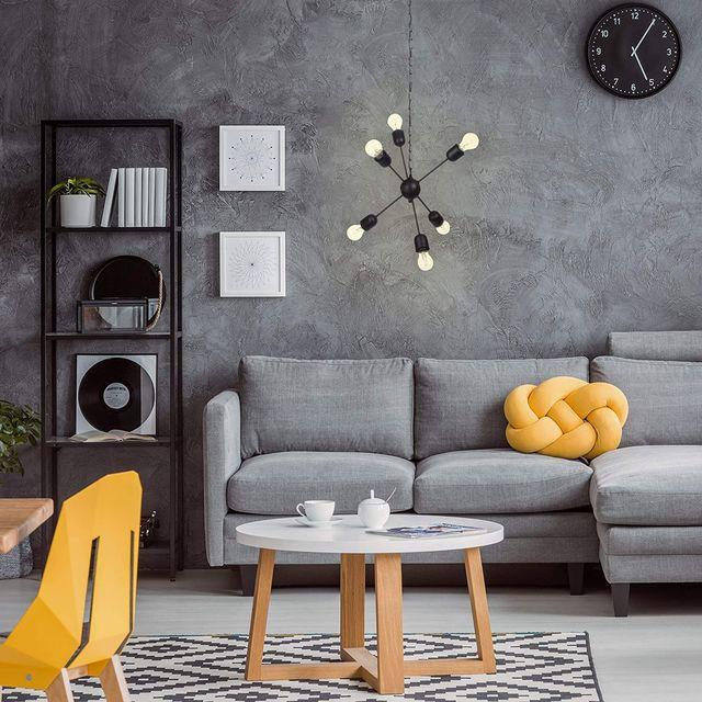 salón moderno en gris y amarillos