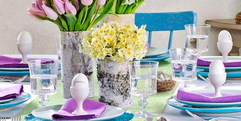 Purple, Flower, Room, Table, Tulip, Cut flowers, Artificial flower, Violet, Lilac, Plant,