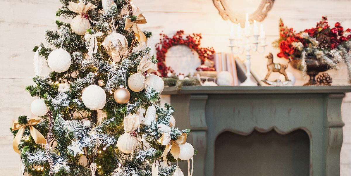 How To Buy A Realistic Artificial Christmas Tree