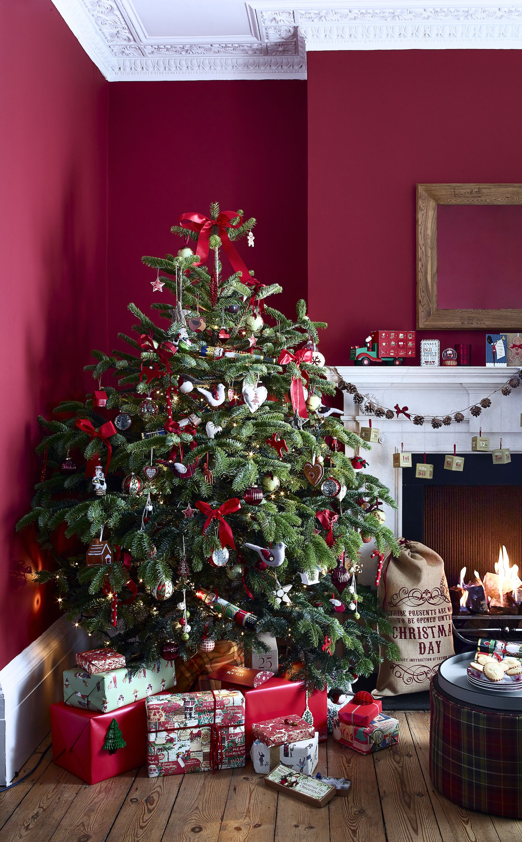 Keep your Christmas decorations up until February to spread cheer, says English Heritage