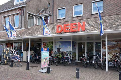 deen supermarket in the netherlands
