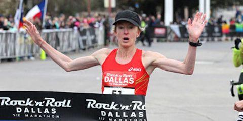 Deena Kastor Wins RnR Dallas 2014