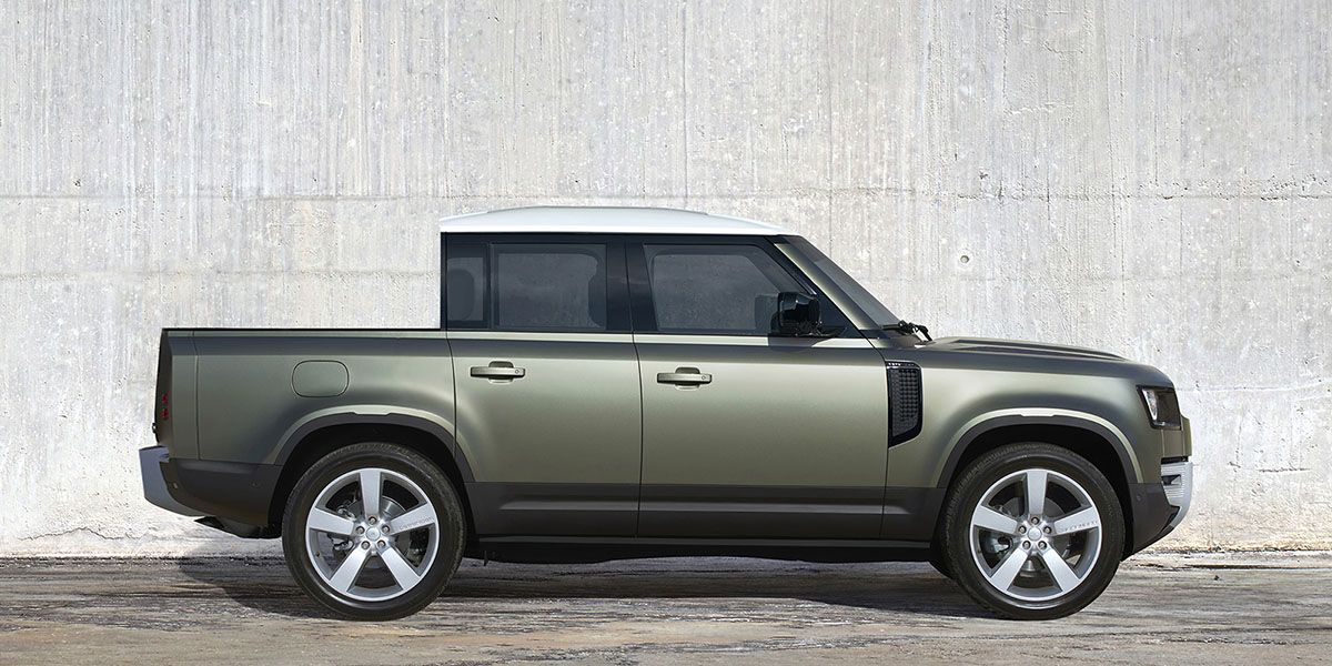 A Land Rover Defender Pickup May Be on the Way
