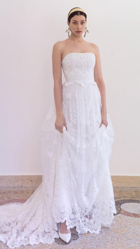Gown, Wedding dress, Clothing, Dress, Bridal clothing, Bridal party dress, Fashion model, Shoulder, Photograph, White,