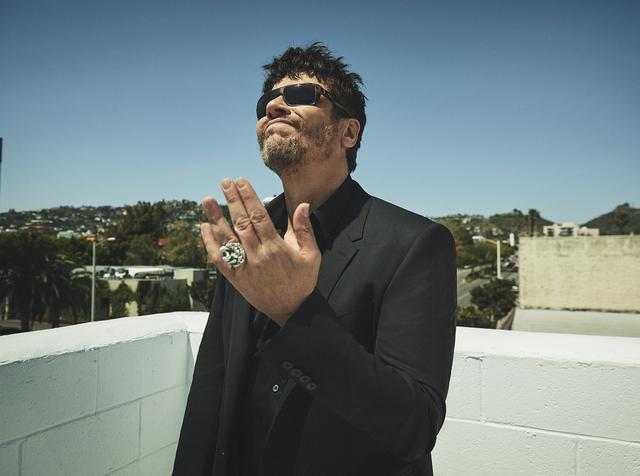 ca1ae64599cb Benicio Del Toro  The Thinking Man s Hollywood Badass