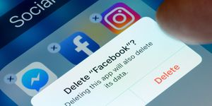 delete facebook cambridge analytica