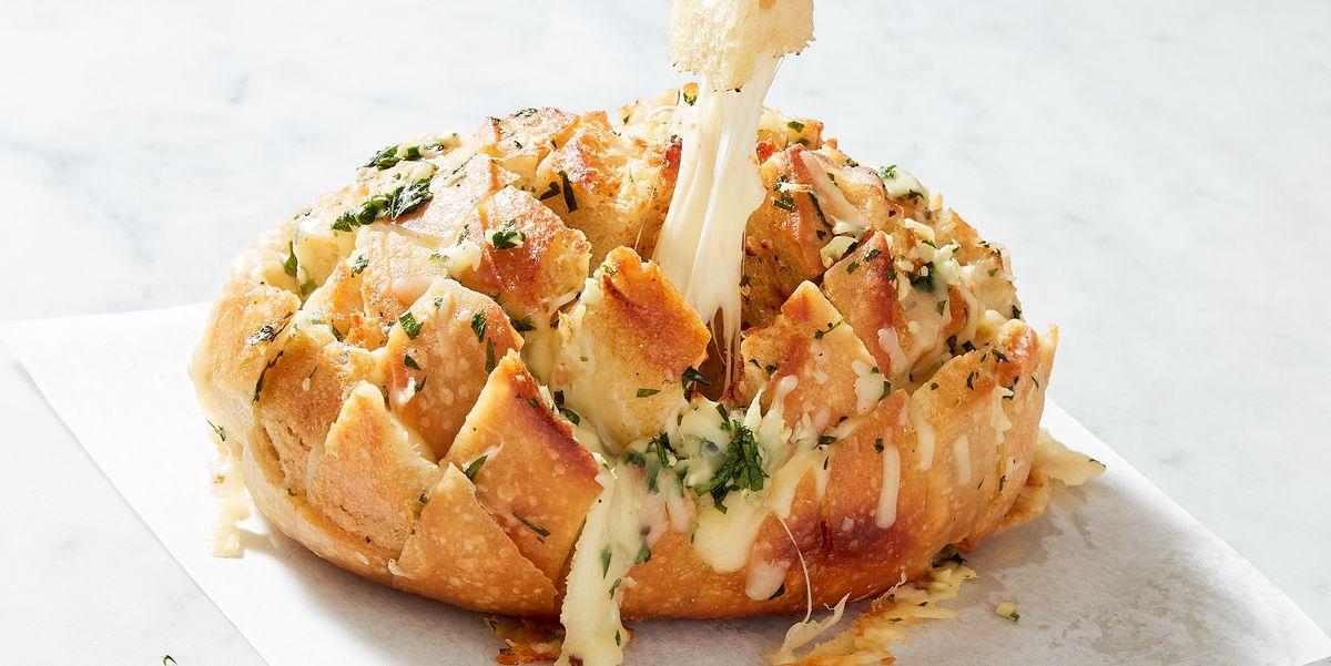 Cheesy Garlic Pull-Apart Bread