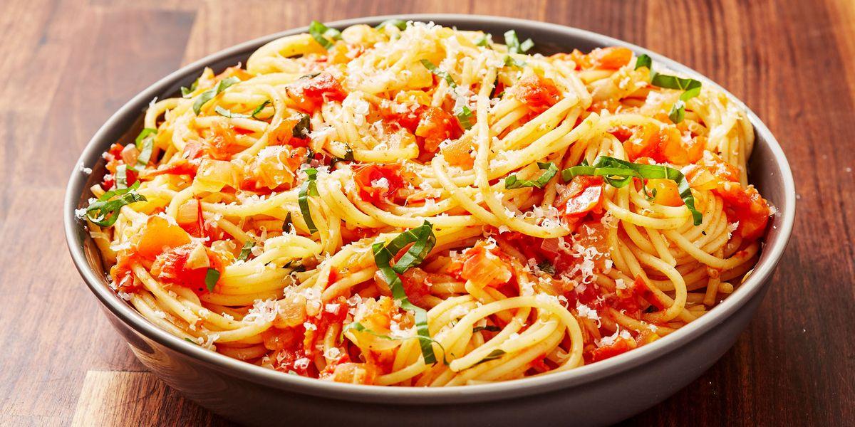 Best Pasta Pomodoro Recipe - How To Make Pasta Pomodoro