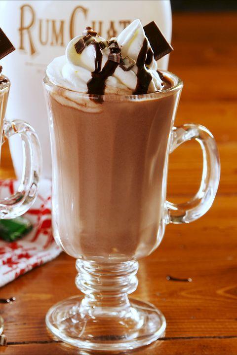 Food, Whipped cream, Drink, Non-alcoholic beverage, Cream, Irish coffee, Hot chocolate, Floats, Milkshake, Mocaccino,