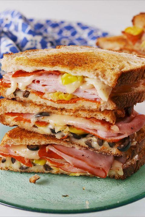 Dish, Food, Cuisine, Bacon sandwich, Ham and cheese sandwich, Melt sandwich, Ingredient, Sandwich, Breakfast sandwich, Baked goods,