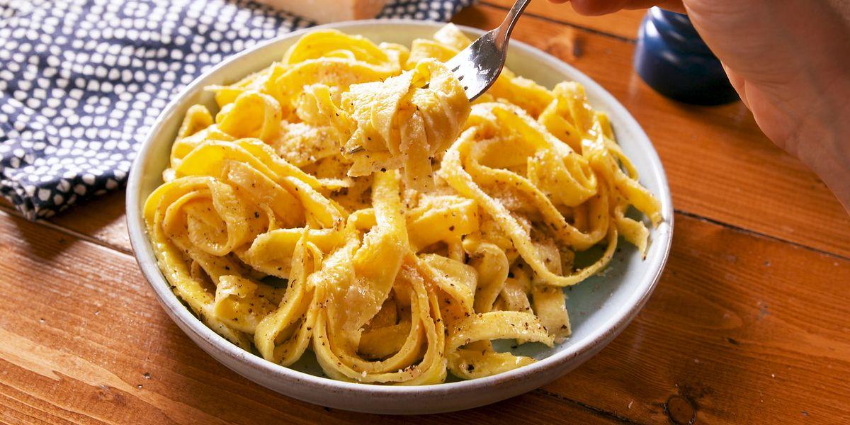 Best Cacio E Pepe Egg Noodles Recipe How To Make Low Carb Egg Noodles
