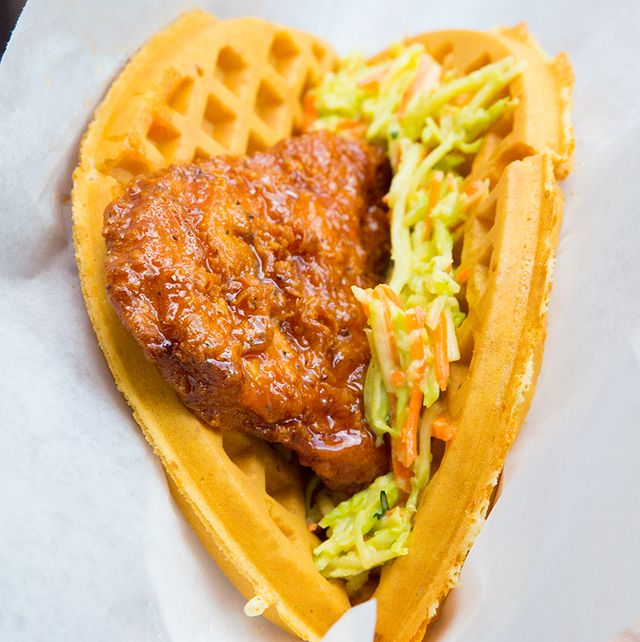 sweet and spicy chicken and waffle