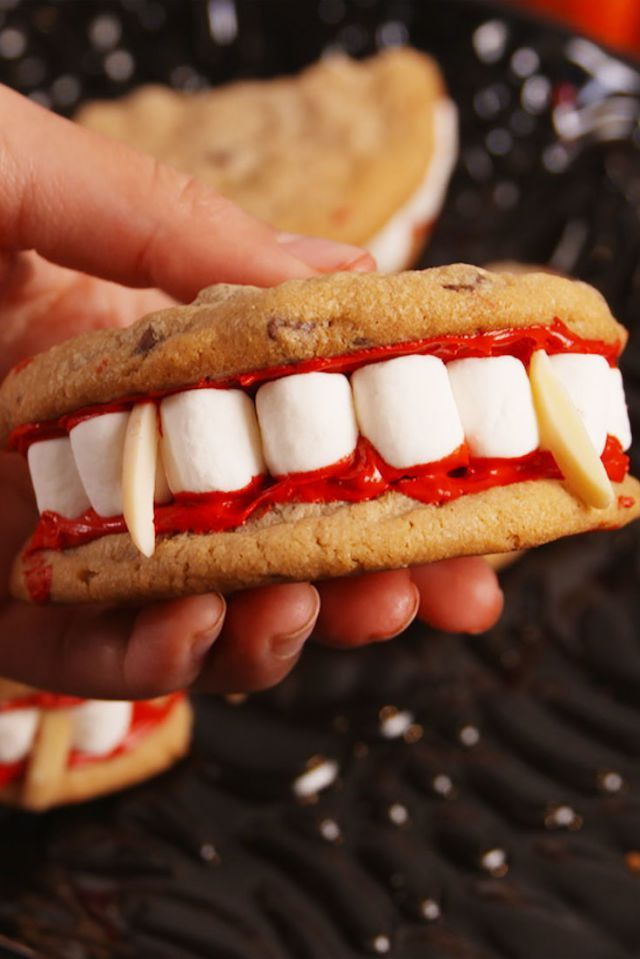 40 Easy Halloween Party Food Ideas , Halloween Food for Adults