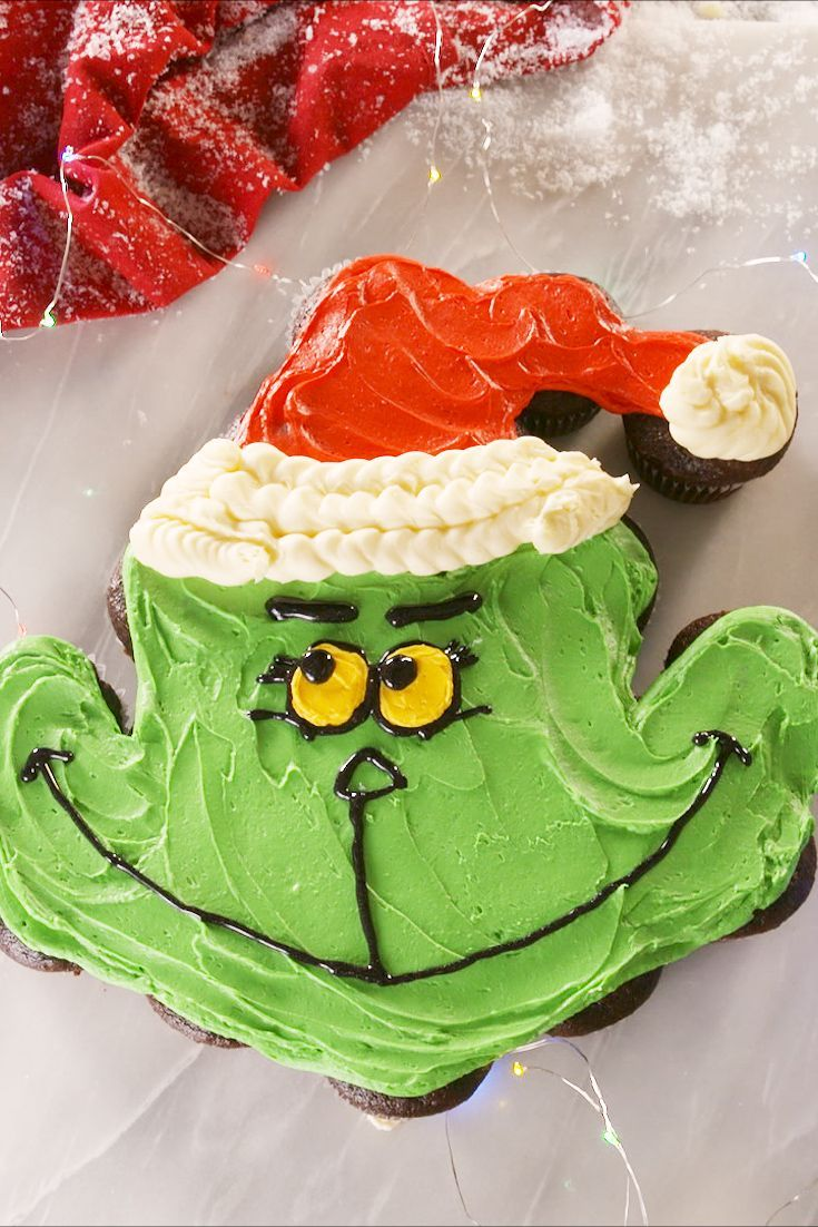 Grinch Pull-Apart Cupcakes - Delish.com