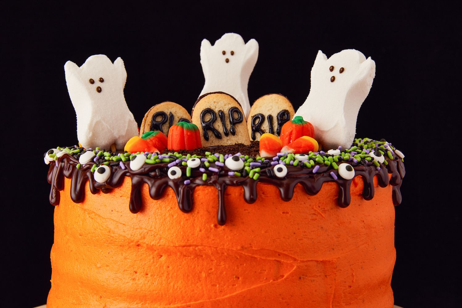 20+ Easy Halloween Cakes   Recipes And Ideas For Decorating ...