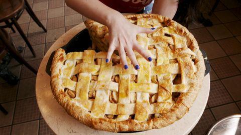 Dish, Food, Cuisine, Dessert, Pie, Ingredient, Apple pie, Baked goods, Recipe, Produce,