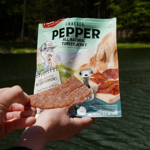 field trip cracked pepper all natural turkey jerky
