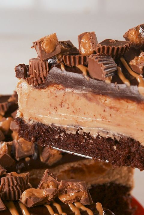 Food, Chocolate, Dessert, Fudge, Cuisine, Dish, Frozen dessert, Chocolate brownie, Nut butter, Confectionery,