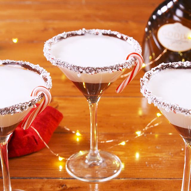 50 Easy Christmas Cocktails Best Recipes For Holiday Alcoholic Drinks