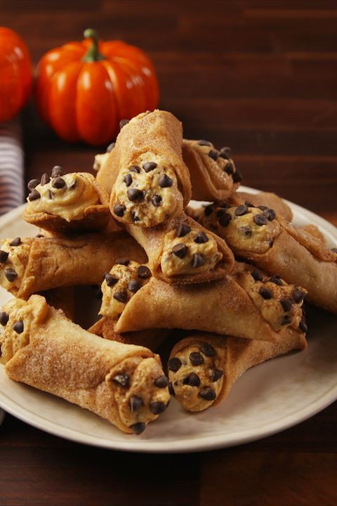 Food, Cuisine, Dish, Ingredient, Baked goods, Cannoli, Pastry, Produce, Finger food, Recipe,