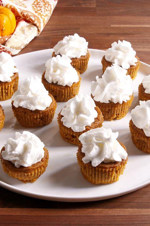 Dish, Food, Cuisine, Cupcake, Dessert, Buttercream, Whipped cream, Icing, Ingredient, Baked goods,