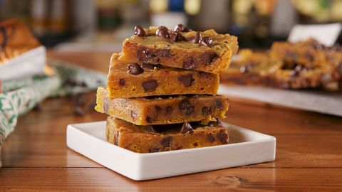 Pumpkin Spice Blondies - Delish.com