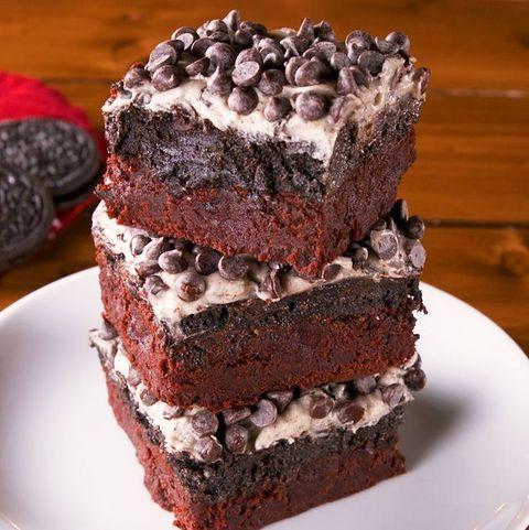 Food, Dish, Chocolate brownie, Cake, Dessert, Chocolate cake, Cuisine, Baked goods, Snack cake, Chocolate,